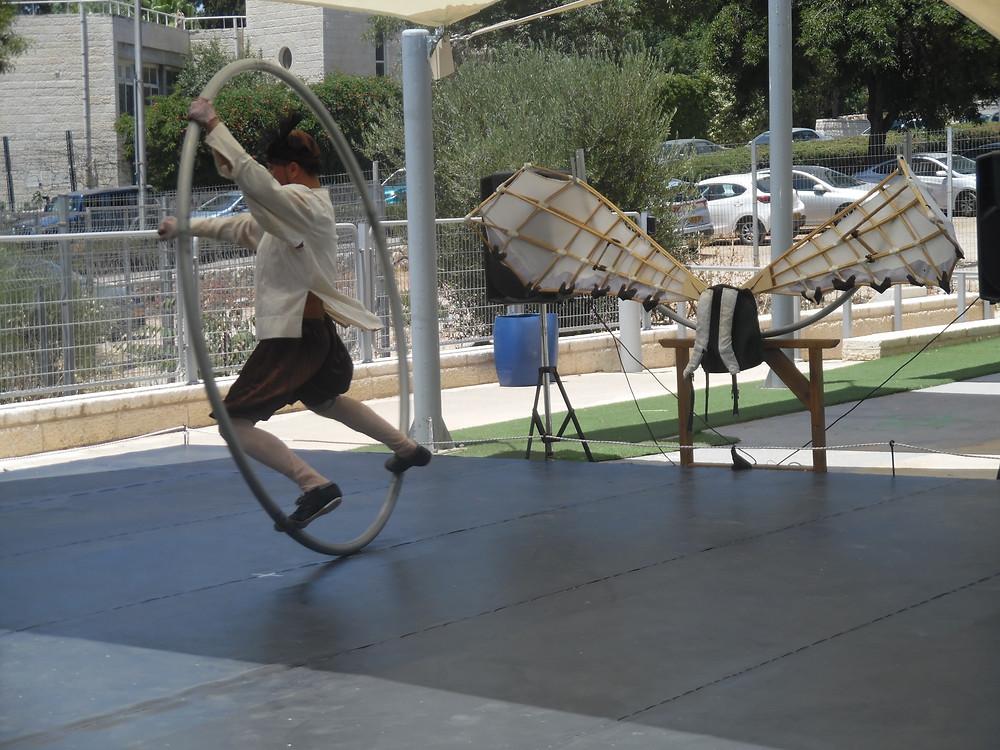 אמיר נר במופע במוזיאון המדע. צילום:אושרת אביחצירה פרזם