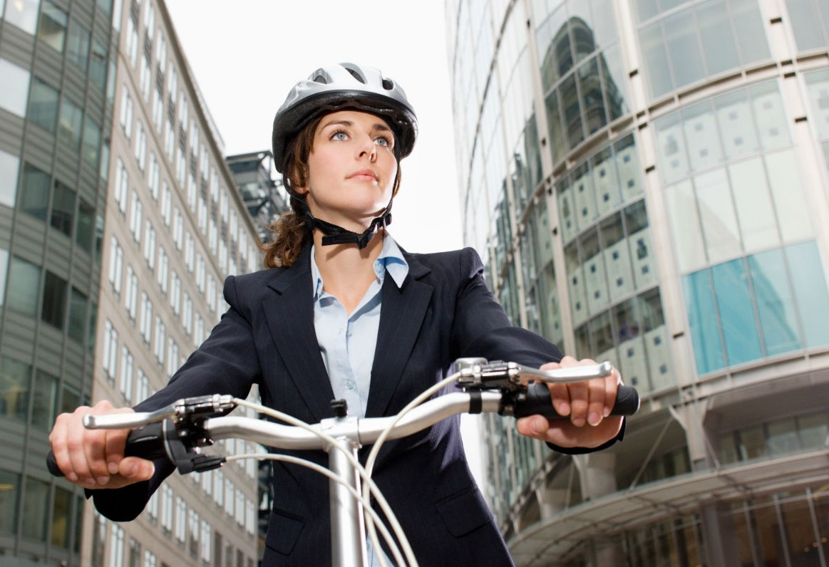 bike-to-work-woman