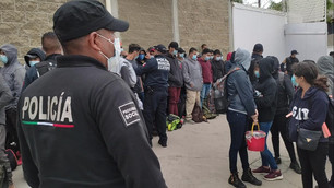 Rescatan a 74 migrantes centroamericanos y detienen a 3 traficantes de personas en Ecatepec