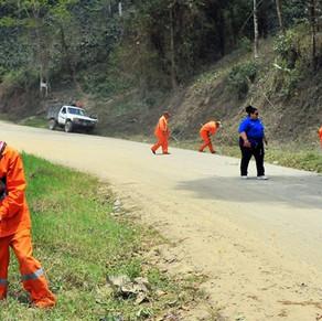 Anuncia ADMM obras para mejorar carreteras y caminos en 16 municipios del sur