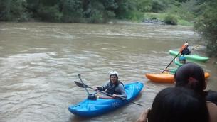 Total éxito descenso en kayak por aguas luvianenses