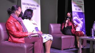 """Presentan libro """"Valiente con las Mujeres"""" crea conciencia en torno a la violencia contra ellas"""