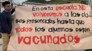 Clausurarán estudiantes simbólicamente escuelas en protesta por falta de vacunas