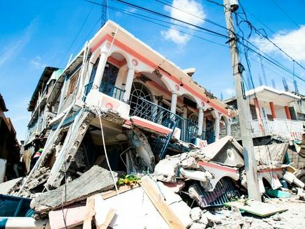 México envía ayuda humanitaria a Haití tras terremoto