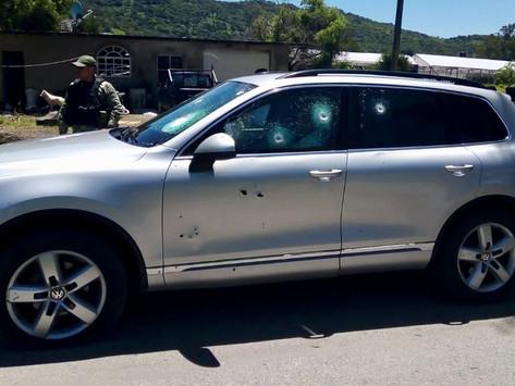 Blindaje de camioneta salva vida a alcaldesa electa de Pilcaya tras emboscada en Ixtapan de la Sal