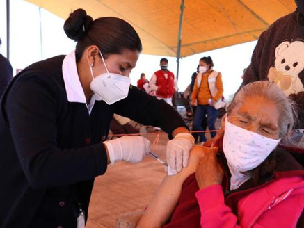 Va aplicación de segunda dosis de vacuna contra covid en 23 municipios más del Edoméx