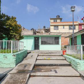 Van por rehabilitación de escuelas de Acuitlapilco y Copalera