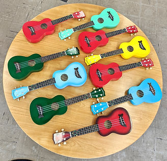 uke circle on table-3a.jpg
