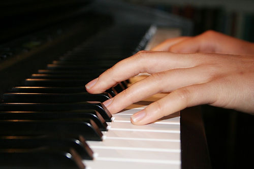 _Piano-Keyboard.jpg