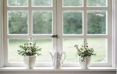 window-outside-01a.jpg