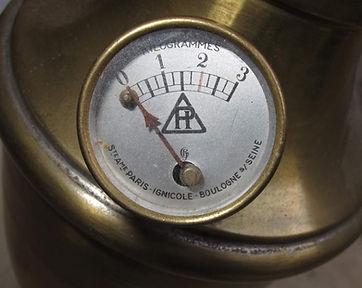 manomètre lampe Paris ignicole