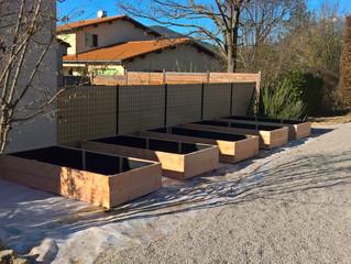 Un chantier d'aménagement de jardin potager à Die