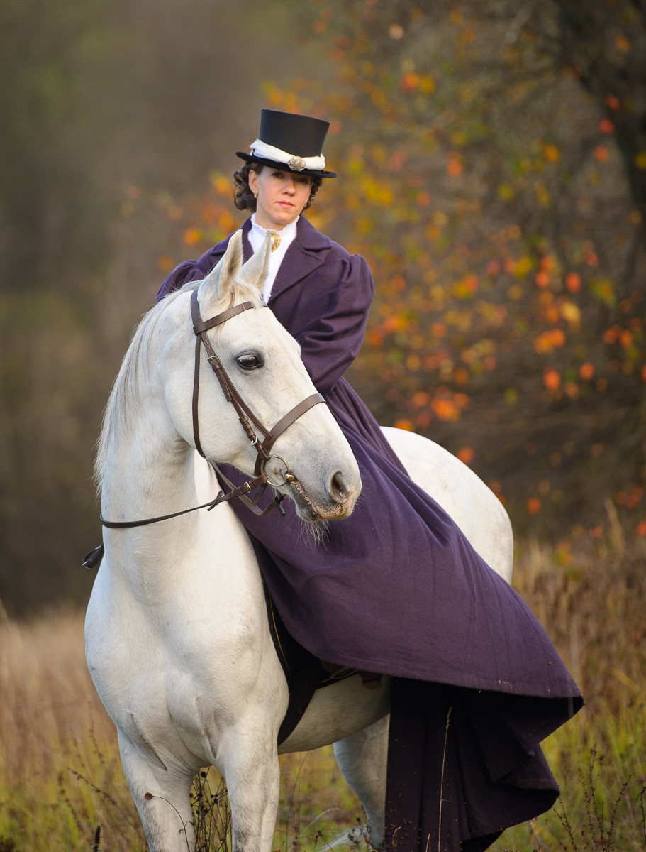lady on the horse in costume and sidesaddle