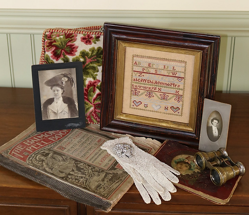 Hearts Aflutter by 1897 Schoolhouse Samplers