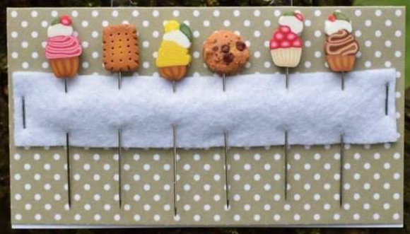 Cookies & Cupcakes Pins by Puntini Puntini