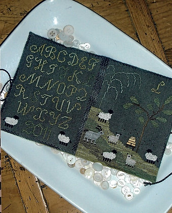 Hillside Sheep Needle Book by Chessie & Me