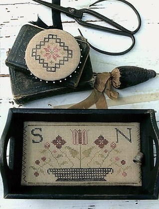 Quaker Sewing Tray, Pin Disk & Strawberry Pinkeep by Stacy Nash Primitives