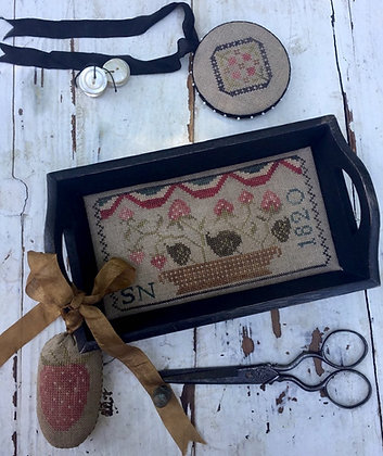 Berry Basket Sewing Tray by Stacy Nash Primitives