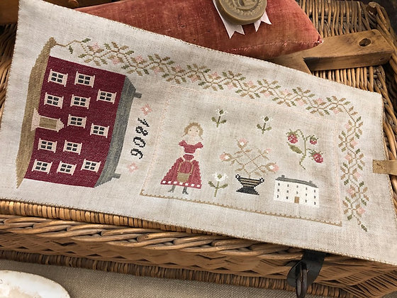 *1806 Manor House Sewing Roll by Stacy Nash Primitives