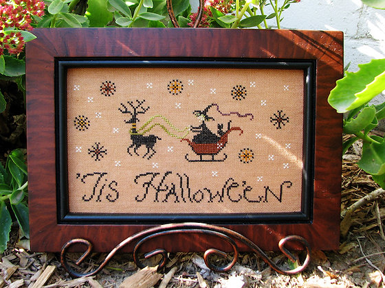'Tis Hallowe'en by Plum Street Samplers