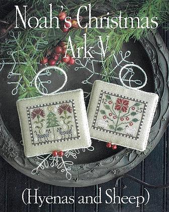 *Noah's Christmas Ark V by Plum Street Samplers