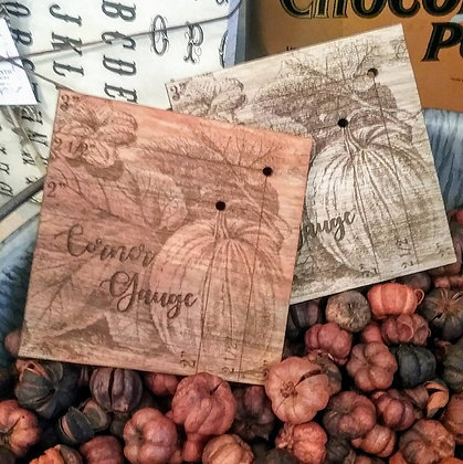 Pumpkin Patch Corner Gauge by Retromantic Fripperies