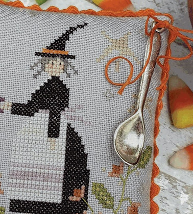 Spoon Charm for Witch's Brew (With Thy Needle & Thread)