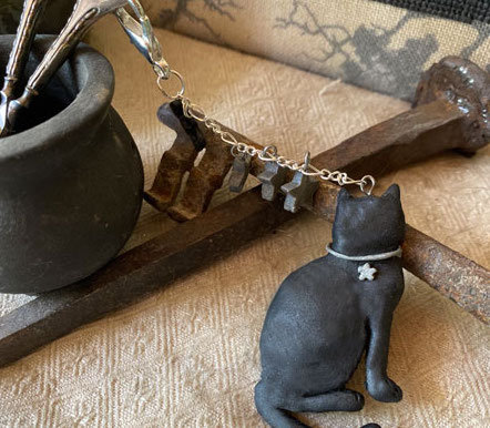 Black Cat Scissor Fob by The Primitive Hare