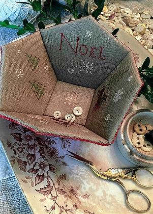 Noel Sewing Basket by Stacy Nash Primitives