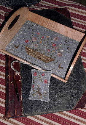 *Floral Basket Tray with Fob by Chessie & Me