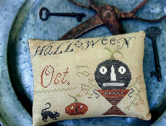 Halloween Pinkeep by Stacy Nash Primitives