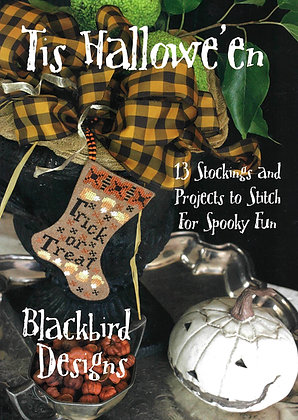 Tis Hallowe'en: 13 Stockings and Projects by Blackbird Designs