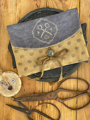Run with Scissors Sewing Pouch by Stacy Nash Primitives