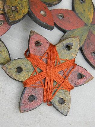 Pinwheel Thread Palette/Winder by Notforgotten Farm