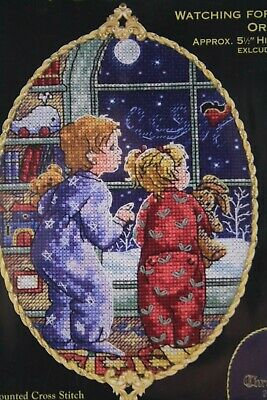 CATS Watching for Santa by DMC/Gold Collection KIT