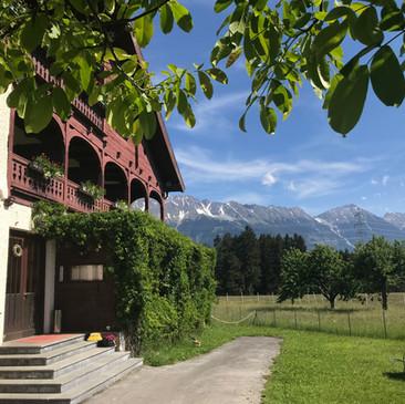 Eingang Eichhof Sommer Nordkette Innsbruck
