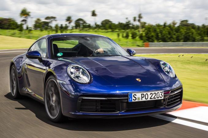 Novo Porsche 911 chega ao Brasil a partir de R$ 679 mil com opção 4×4