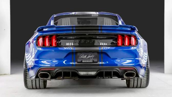 Shelby revela Mustang Super Snake com 760 cv e corpo alargado