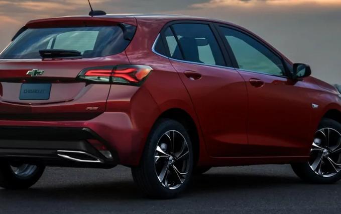 Projeção: ex-líder, Chevrolet Onix ganha visual para 2024
