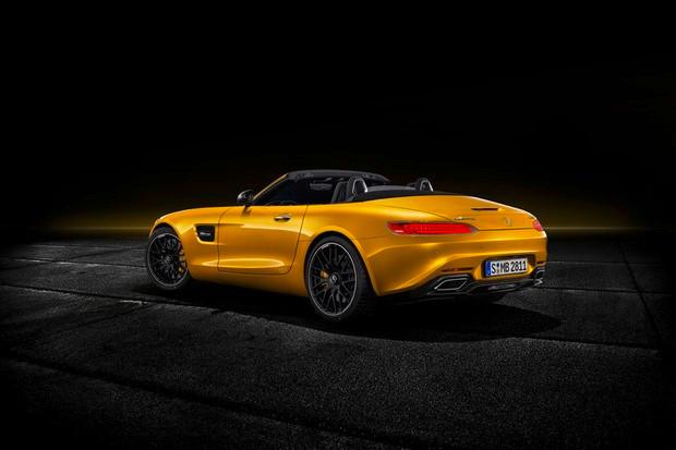 CHEGOU A NOVA MERCEDES-AMG GT S