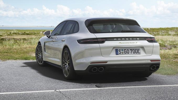 Porsche Panamera Sport Turismo híbrido tem 680 cv e chega em 2018