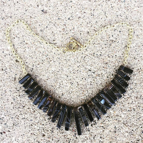 Small Stick Necklace (Black Agate)
