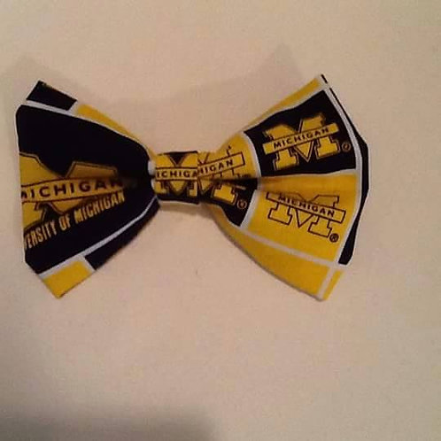 U of M clip on bow ties