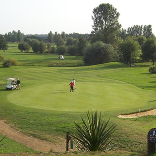 Suffolk Gold and Country Club