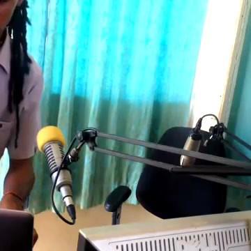 Mackiemac presenting Flamz YoU4RIA Show at RFI