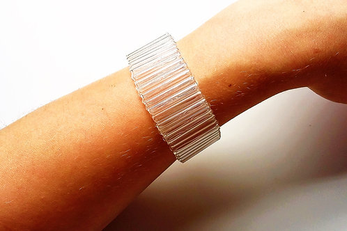 Narrow tube bracelet