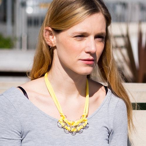 Yellow eight necklace