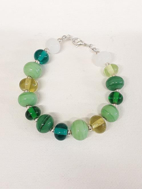 Beaded bracelet Green/ Purple