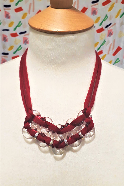 Red eight necklace