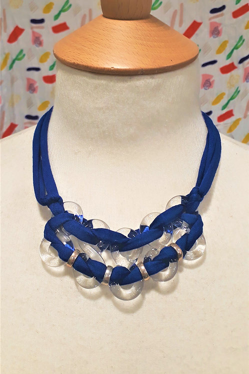 Navy eight necklace
